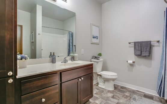 spring city crossing, waukesha apartments, affordable apartments in waukesha wi